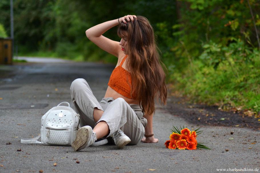 Orange küsst praktisch